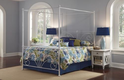 Vineland Canopy Bed